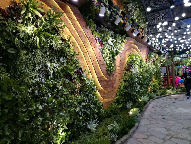 绿植墙商场