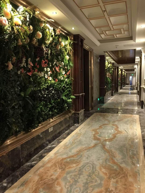 绿色植物墙酒店
