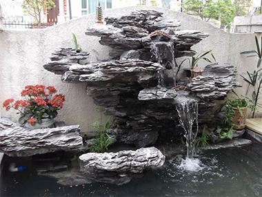 假山喷泉流水