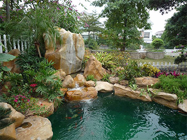 假山鱼池喷泉