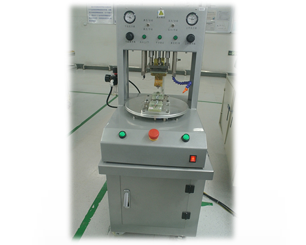 Automatic hot press welding machine