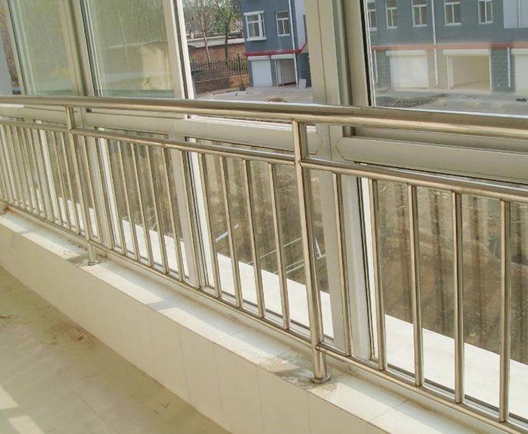 阳台不锈钢护栏的安装有什么注意事项?以下4点很重要