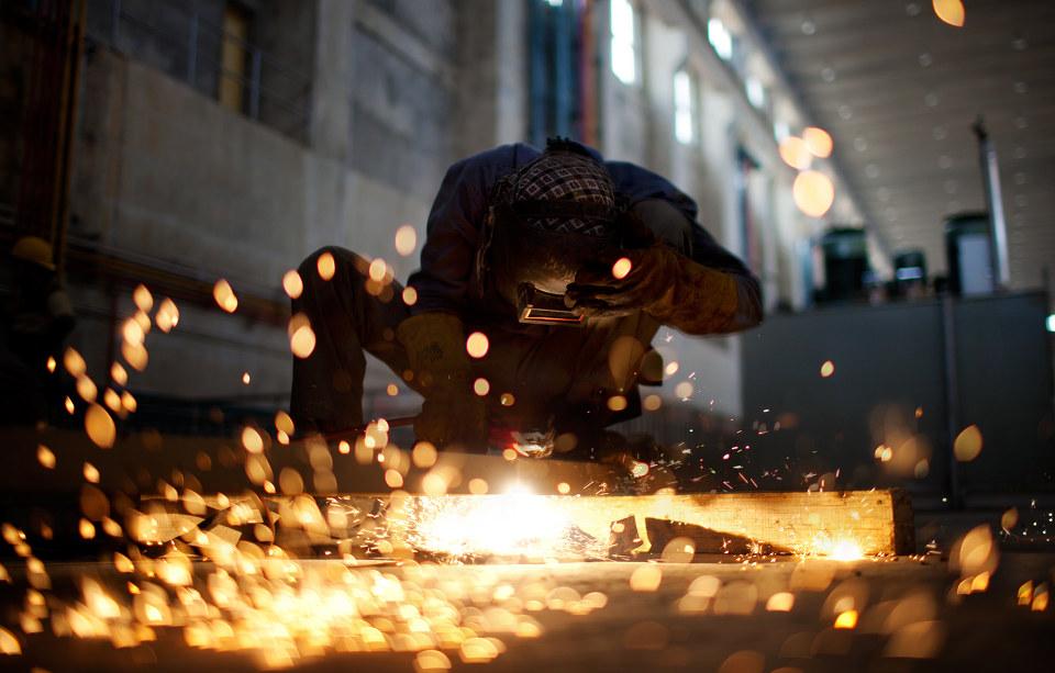 伊犁电焊技术让心与心相连情与情相接的更和谐