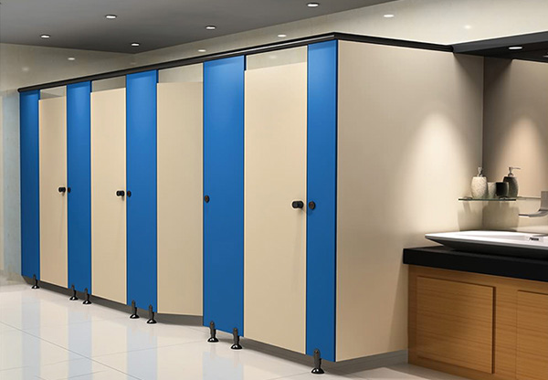 卫生间隔断安装时发现漏水现象该如何补漏