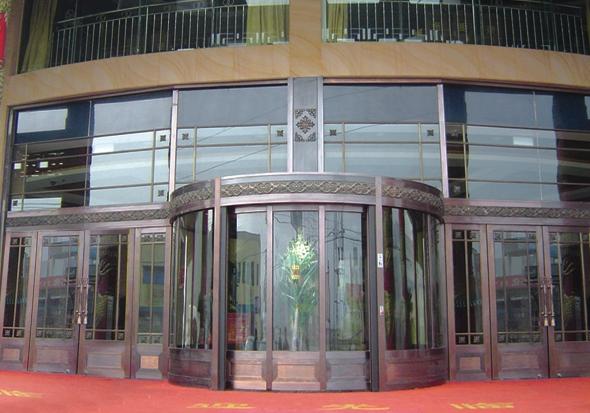 商厦铜门工程案例分析