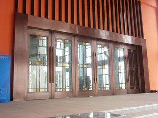 铜门及铜扶手楼梯保养的注意事项