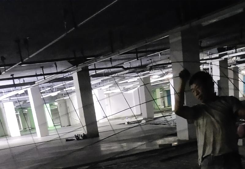 地下車庫地坪電焊網片施工