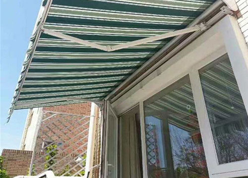 昆明轻型曲臂遮阳篷设计安装
