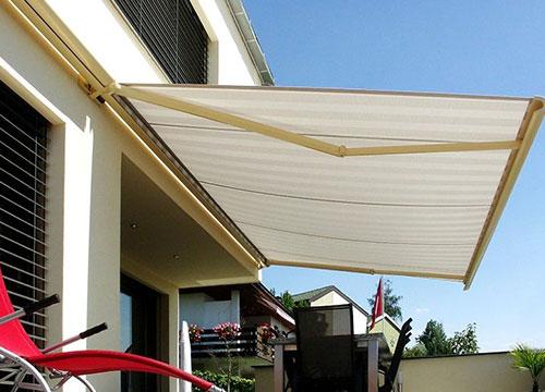 輕型曲臂遮陽篷案例
