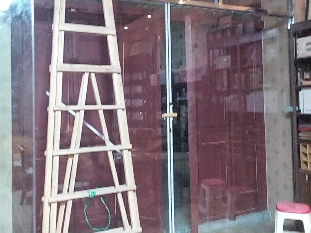 商铺吊门效果图