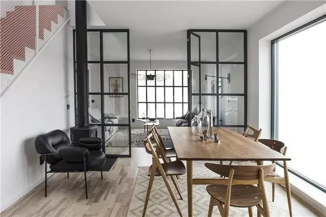 设计师们都爱用的玻璃门,既能隔断空间又漂亮上档次!