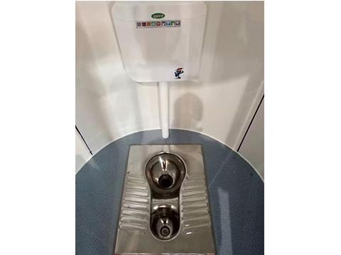 粪尿分集水冲型生态卫生间