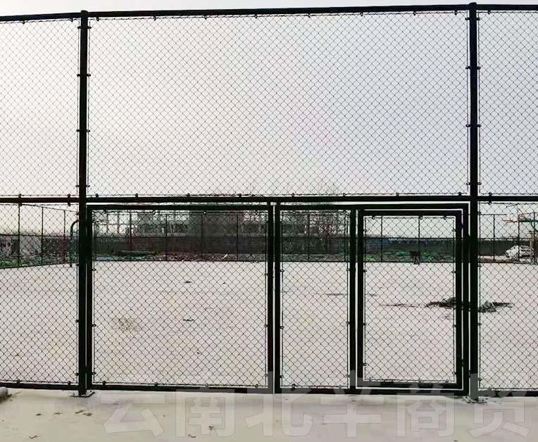 玉溪学校体育场护栏网安装