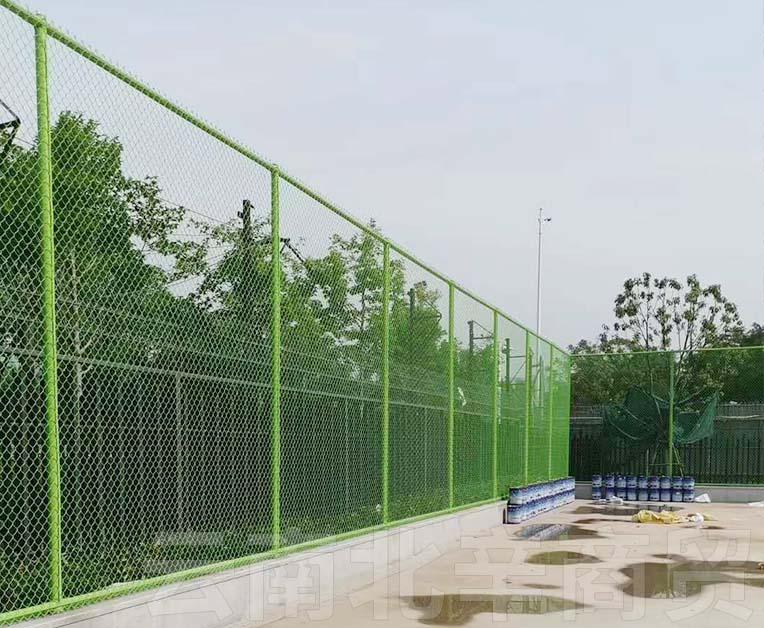 学校体育场护栏网安装