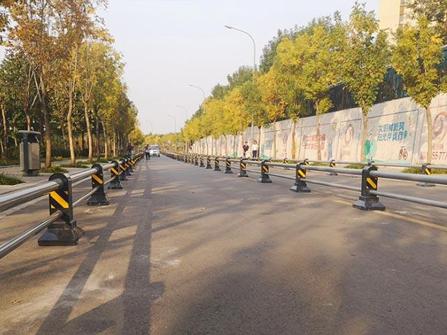 丽江市政不锈钢护栏网