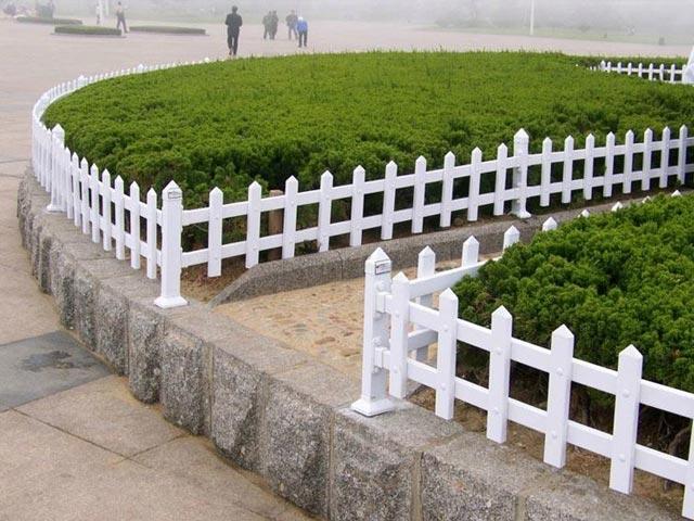 草坪锌钢护栏网