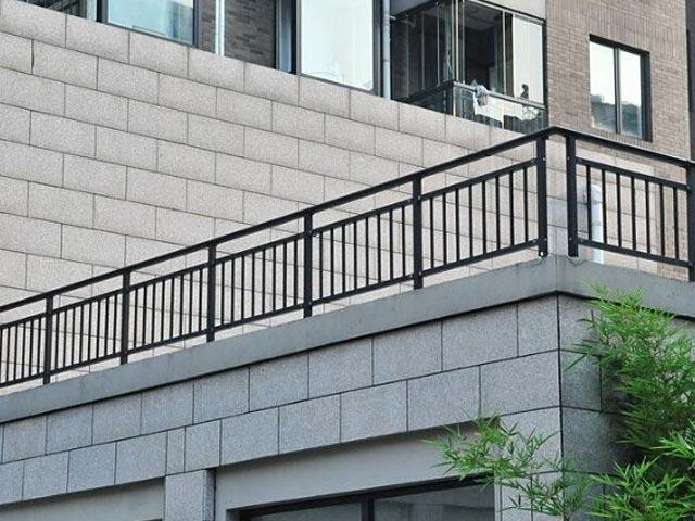 锌钢阳台护栏网