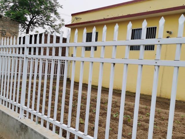 丽江锌钢围墙护栏网