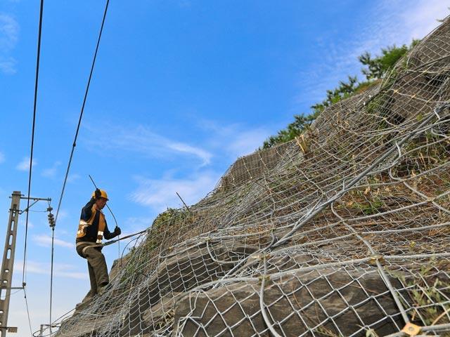 丽江山体滑边坡防护网