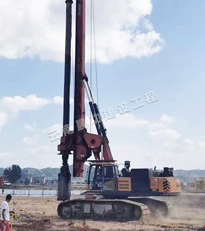旋挖钻机1