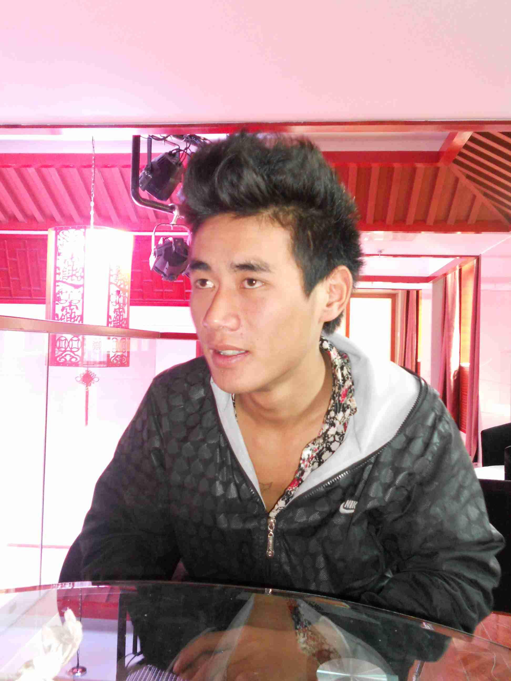 云南www.3522.vip.com灯光音响安装