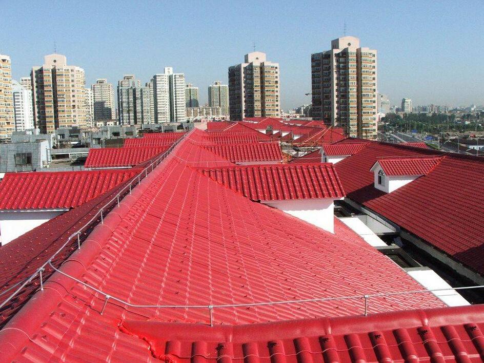 云南树脂瓦厂家揭秘树脂瓦和铝瓦做屋顶哪个更好