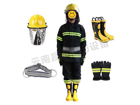 普洱消防设备厂家给大家介绍一下消防服为什么耐火性很好?