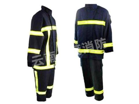 黑色消防服