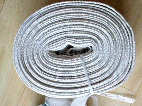 白色消防水帶