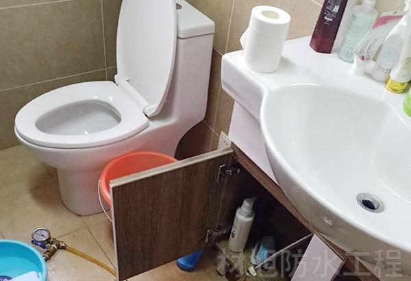 呈贡小型公寓卫生间防水