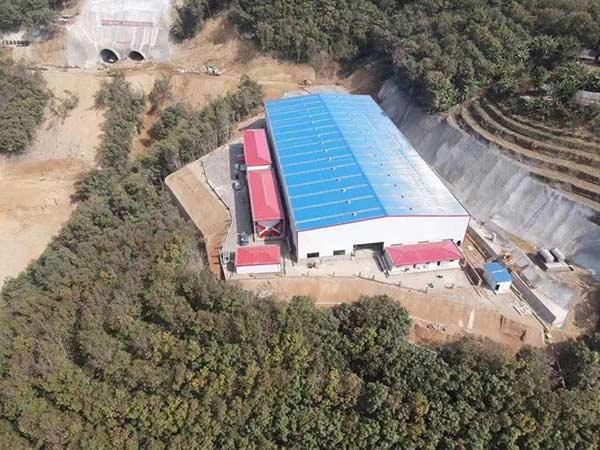 中铁勐绿高速项目段活动房安装