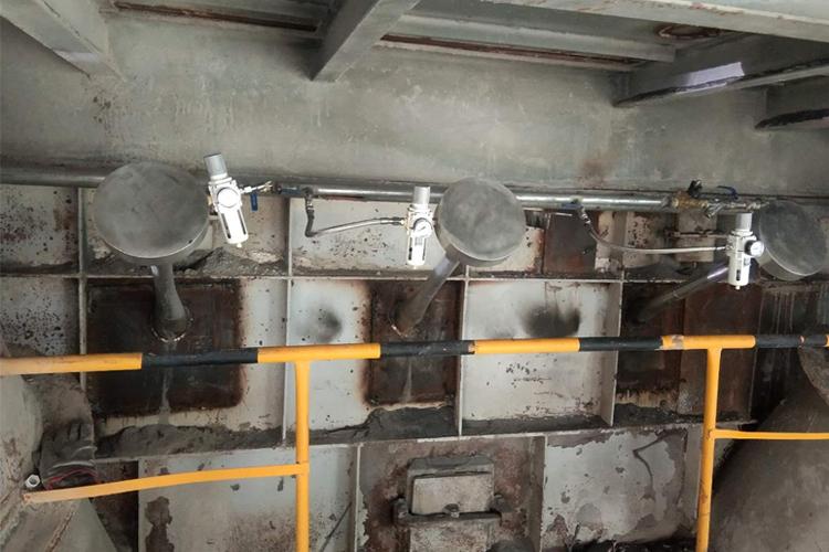 水泥厂烟室安装磁力声能清灰器