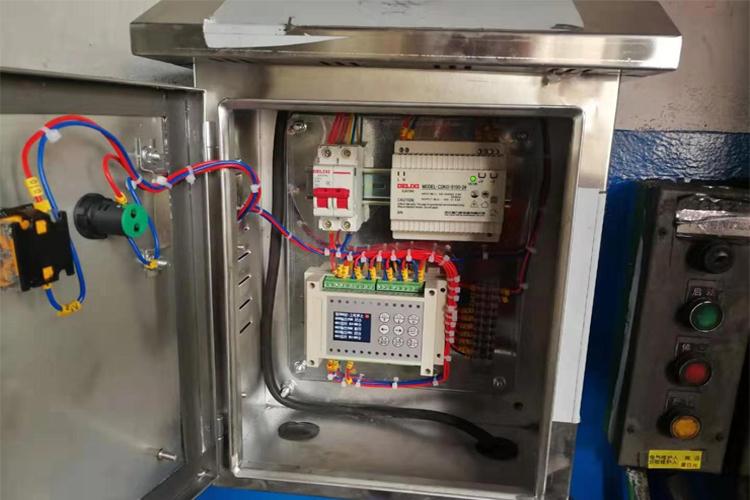 水泥厂煤粉仓安装磁力声能清灰器