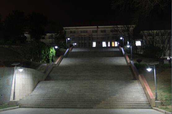 太陽能路燈項目案例(軍區)