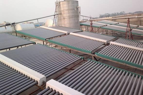 泸西县第二人民医院太阳能安装案例