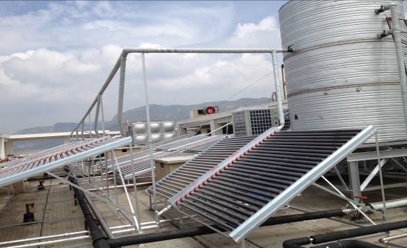 泸西县第一人民医院太阳能安装案例
