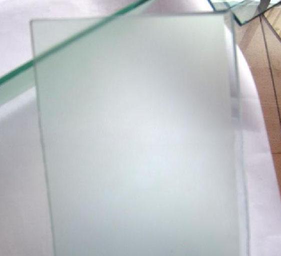 云南超白鋼化玻璃的獨特優勢有哪些
