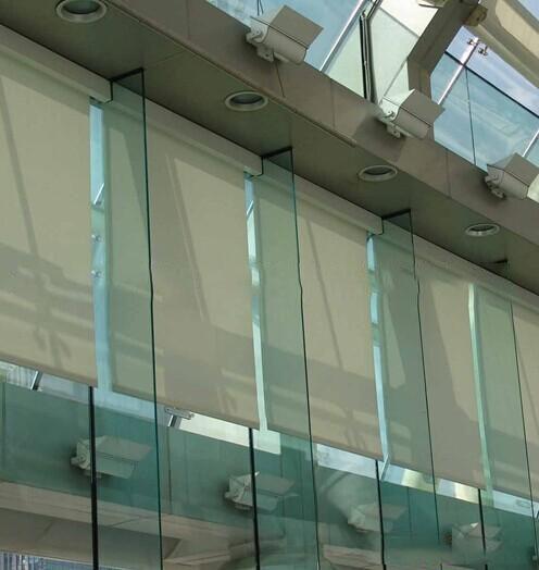 鋼化玻璃可以打孔嗎?云南鋼化玻璃廠家為您解疑
