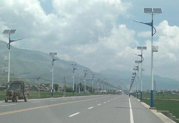 太阳能路灯可以用多久,太阳能路灯的使用寿命