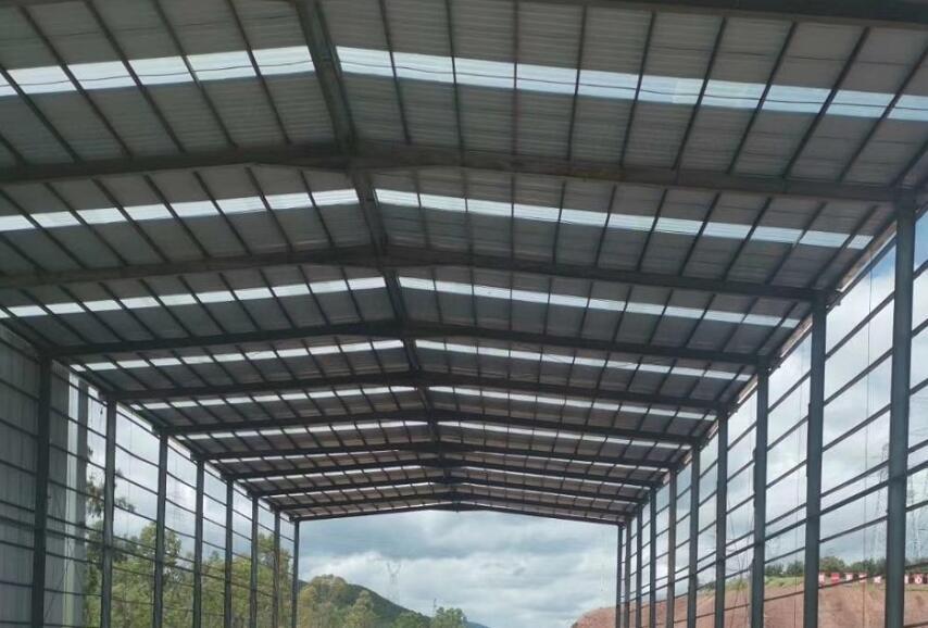 轻钢大棚的材料是什么?