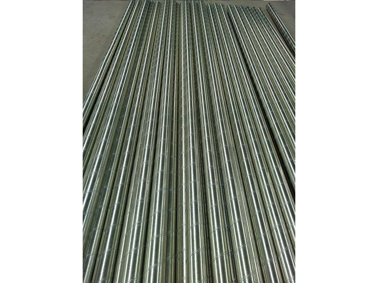 铝板螺旋风管-现场加工8