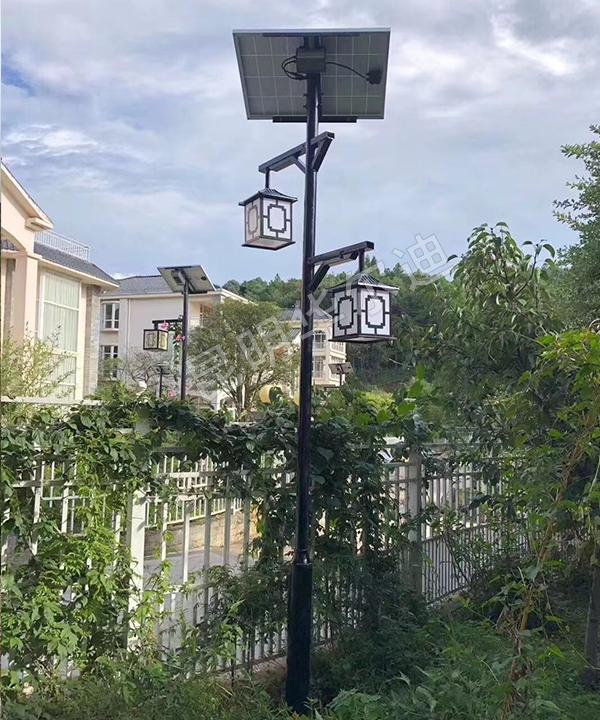 云南家用庭院太阳能路灯