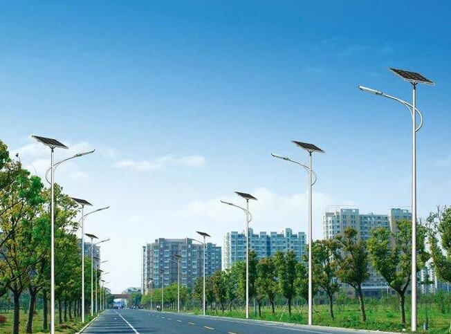 云南太陽能路燈廠家的路燈桿怎么選
