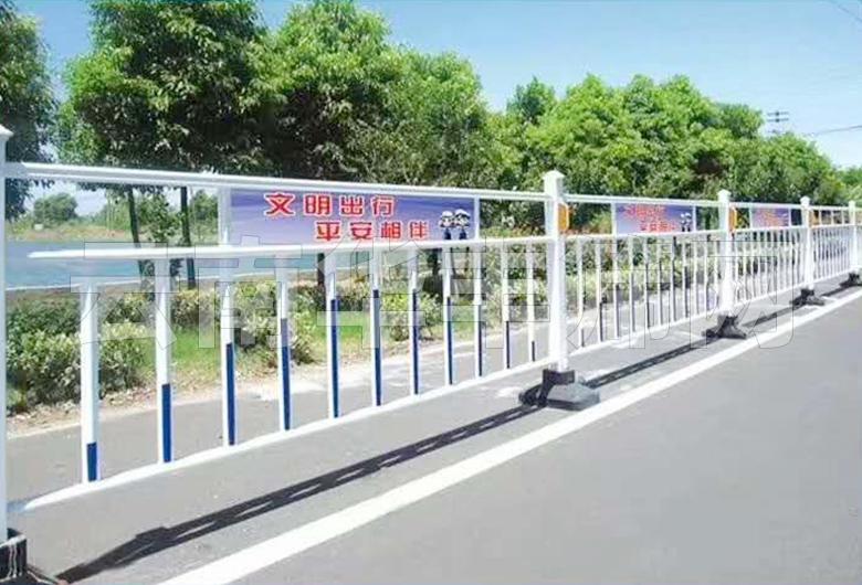 文山锌钢道路护栏网