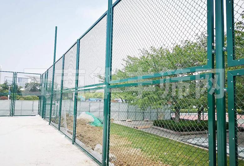 球场栅栏网