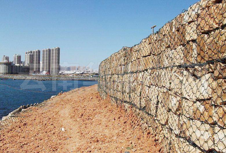 铅丝石笼网防护