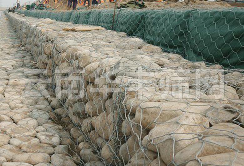 蒙自石笼网边坡防护