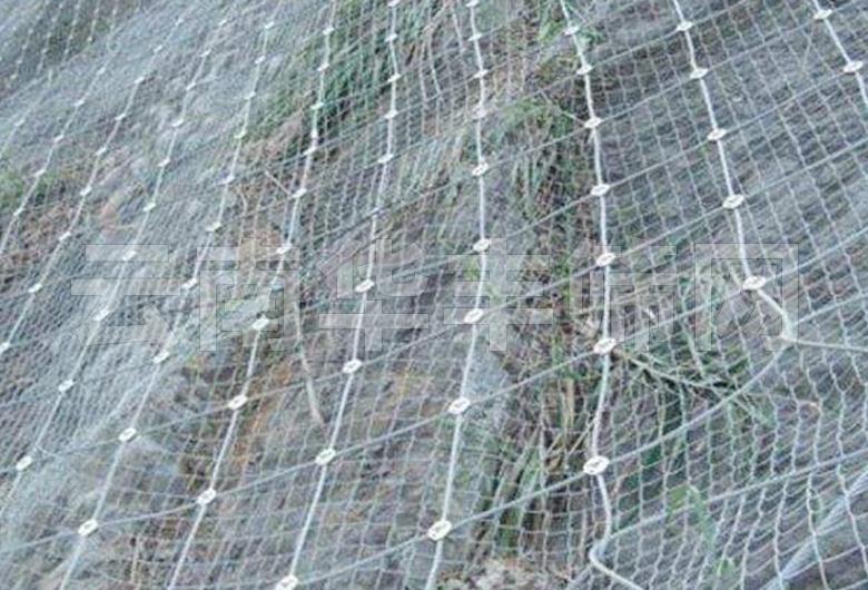 红河边坡柔性防护网哪里买?有些什么类型?