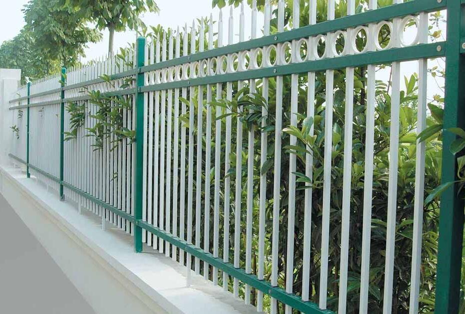 昆明锌钢护栏网和球场护栏网知多少【认准购买】