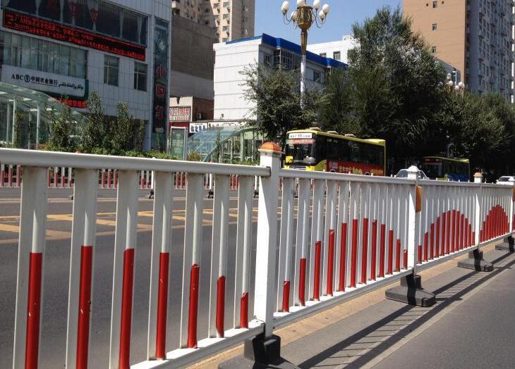 护栏网生产标准要求有哪些?